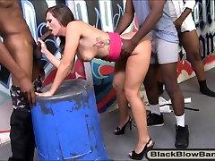Balta mergaitė, Jamie Jackson juodakaklis ir german gangbang milf didelis juodas gaidžiai