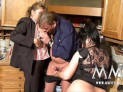 MMVFilms Video: japan girl fisting bathing with father