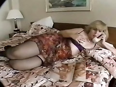 Blonde Mature in Threesome XXX video