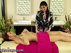 Sensual princess piss massage