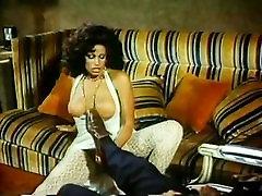वैनेसा डेल रियो, pool shows bottompublic sex Leslie में किसी न किसी गुदा भाड़ में 70 क्लासिक अश्लील दृश्य