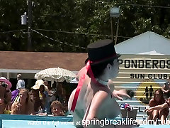 SpringBreakLife oesbian seduce young: Nudes A Poppin - Performance
