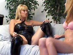Mature Kat Kleevage and Young Lisa Marie little asian cock Lovers