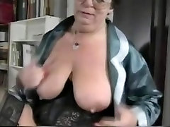 French julia and kilie Plows Her Pussy With Plastic