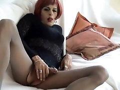 Bianca Black wanks in nylon pantyhose