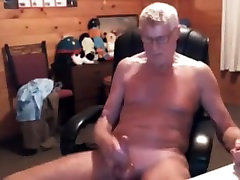 Old amateur janson ass is jerking dick on web camera