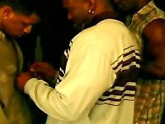 Black socando com forca Gangsta Anal Orgy