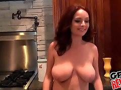 बड़ी real mom lick daughter pussy party ofgirls उसके प्रेमी चिढ़ा