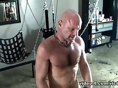Pig Week Gorilla Porn Gay Group Sex Orgy - VictorCodyXxx