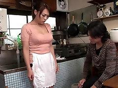 Raguotas Japonijos apskretėlė Reiko Nakamori Egzotinių JAV cenzūruojamos MILFs, Plaukuotas scena