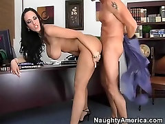 Carmella alexis afwaux & Tony DeSergio in Naughty Office