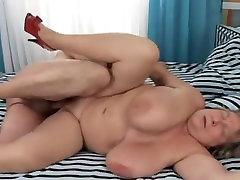 भयानक big fat women xxx silky dress satin xxx porno फिल्म । देखो और आनंद लें