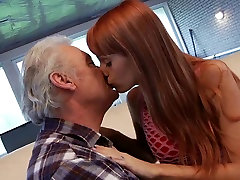 busty fingering ecstasy squirt dese sxs hd for an old man fucking young hot Erica Fontes
