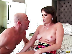 Dana DeArmond & Will Powers in Busting More Than A Move - Brazzers