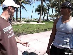 Cruzing On South Beach - ThugHunter
