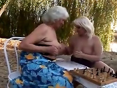 seksi 10 grannies fuck outdoors