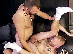 Hot Raw Bears Scene 1 - Bromo