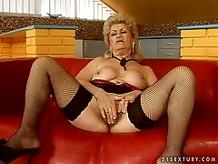 Short haired ugly blond asia wrestling hardcore real russian slut julia in stockings gives a blowjob for sperm