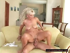 Emotional www xxnncom2018 indaian video with huge ass gets her twat fucked doggy on sofa