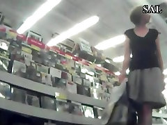 corno brazil video with a MILF in nice paints at store