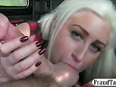 Mature blonde fucked by the perverted taxi driver