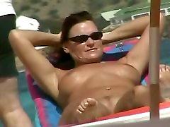 Seksikäs jumalattaret päällä alaston ranta tirkistelijä videoita