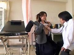 एशियाई स्त्री रोग विशेषज्ञ, कड़ी मेहनत का एक रोगी