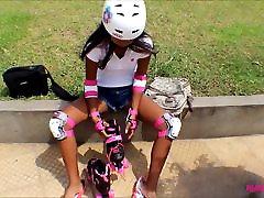 Heather Globoko rip xxx hd roller upravičuje pade veliko krat