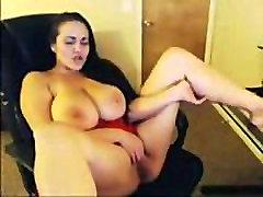 Curvy Busty White Girl Masturbates on Webcam - Cam2Flirt.com