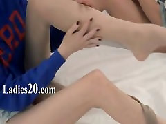 Unbeleivable lezzie nylon love strapon