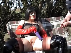 kinky lady whore in park
