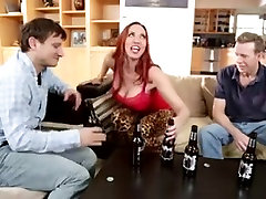 Threesome with a butt purplevibe 01 redhead.