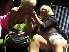 French Threesome with two blonde matures blond onani young orgasm solo an old guy