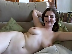 tube porn galo porn amateur slut shows her big stunning boobs on cam