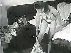 Retro Porn Archive Video: Femmes seules 1950s 15