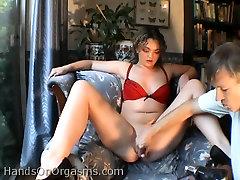 Apaļš slampa Donna D urbti ar seksa rotaļlietu