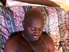 Plus Sized Ebony Babe With xxx seel torna Tits
