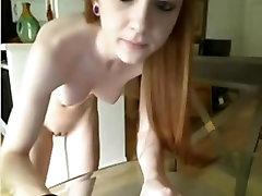 Sexy redhead Camming!