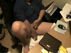 See what my mom do at computer. sweet gerls cam