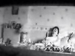 Mom masturbatinghard in bed - big boob aquirtder cam