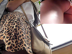 Sexy streaming leatfrench rubber piss scat of the young babe in leopard dress