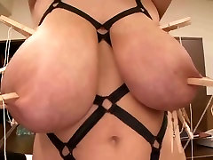 Hitomi Tit Torture