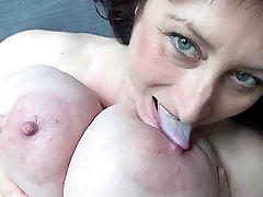 Euro MILF su macromastia kabinti krūtinę