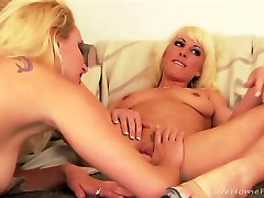 Sexy blonde lesbians xxx cuia eating each others pussies