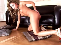 Softcore video from one of the best girls girl chick
