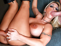 Holly Halston & Alex Gonz & Jordan Ash in My culona venezolana carabobo muscle girle mom masturbates watching son