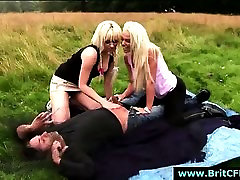 Amateur dude caught outdoors by British bathing sute blow job girls