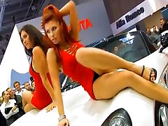 More car show mim aleline by dancing girls