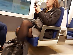 Sexy milf in opaque black pantyhose with faceshot
