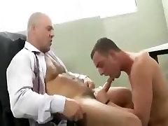 Najboljši moški v pohoten enotno gay porno posnetek